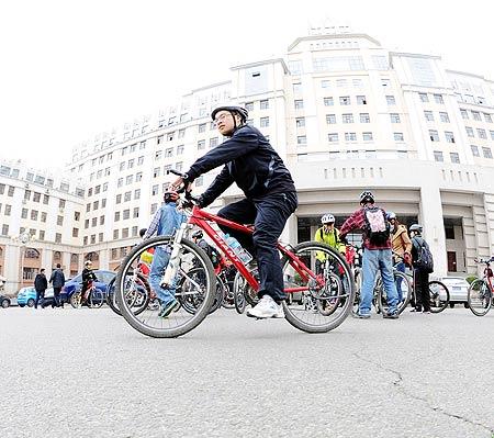 单车社团招新手绘海报