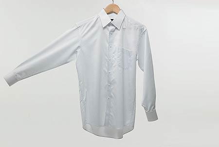 手绘头像男生黑头发白衬衫